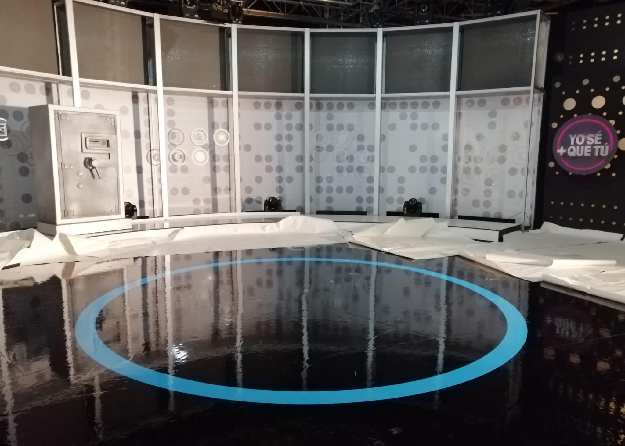 ROTULACIÓN SUELO PLATO TV